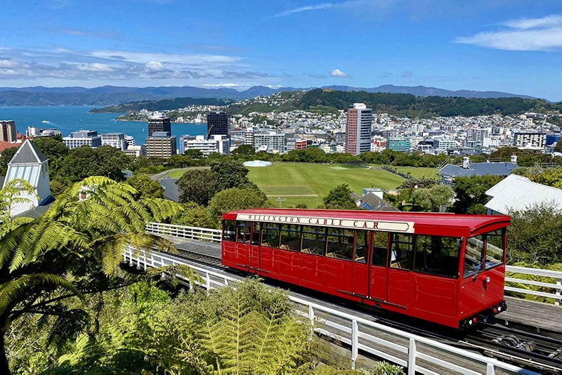Wellington cable car leading up to the Botanic Gardens